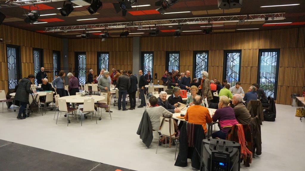 Photo : AG de 10 clubs d'investissement pour le parc eolien Eolandes