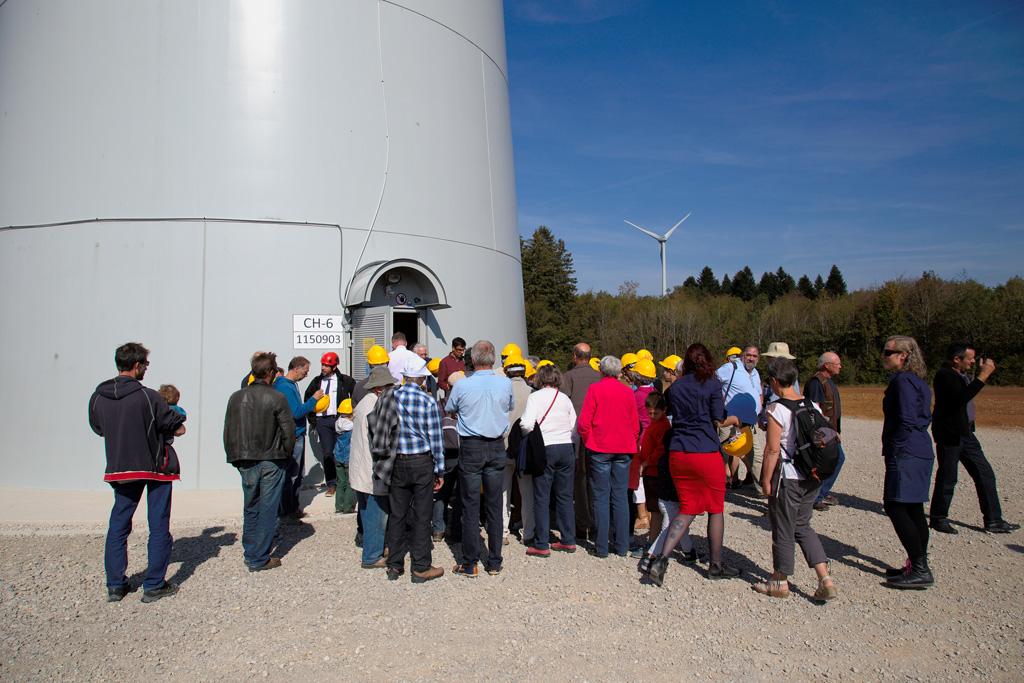 Inauguration du parc éolien de Chamole - Visite de l'éolienne citoyenne