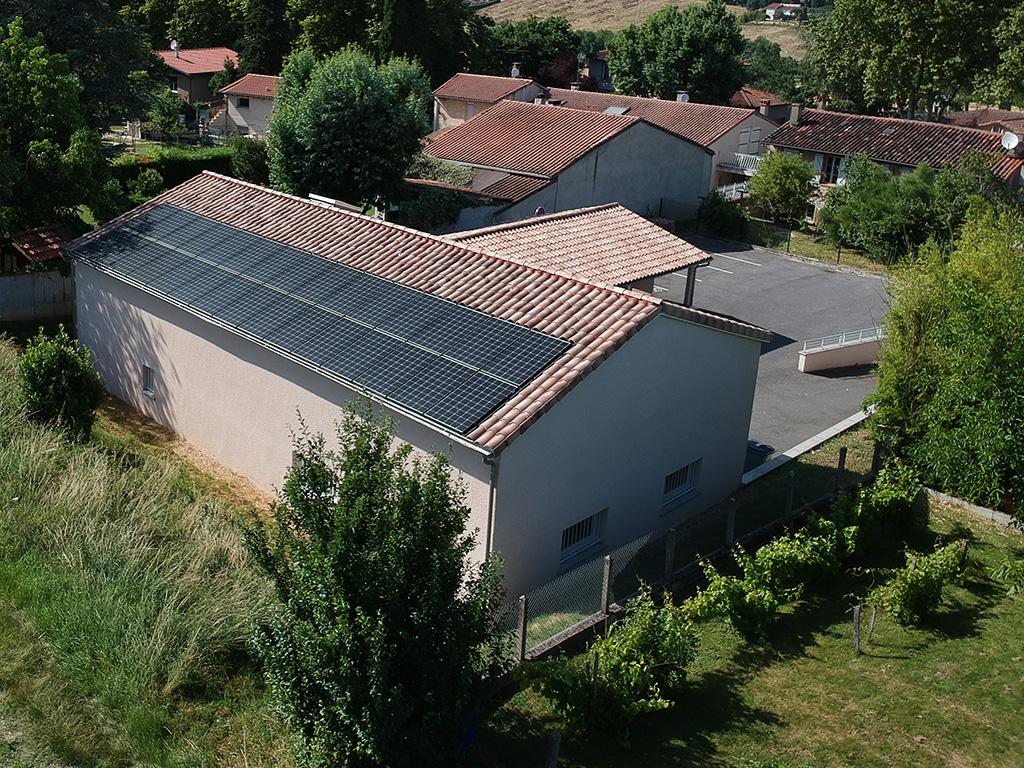 Centrale solaire citoyenne d'ICEA EnR sur le toit des ateliers municipaux d'Aureville (9 kWc, mise en service le 29/06/2018)