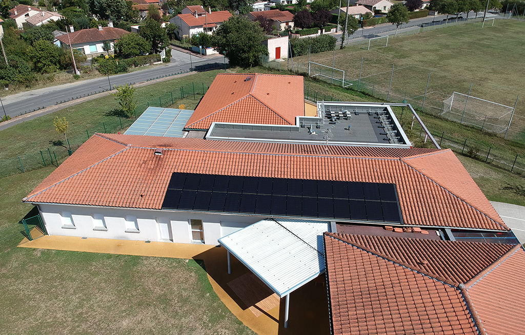 Centrale solaire citoyenne d'ICEA EnR sur le toit de la crèche d'Escalquens (9 kWc, mise en service le 11/09/2018)