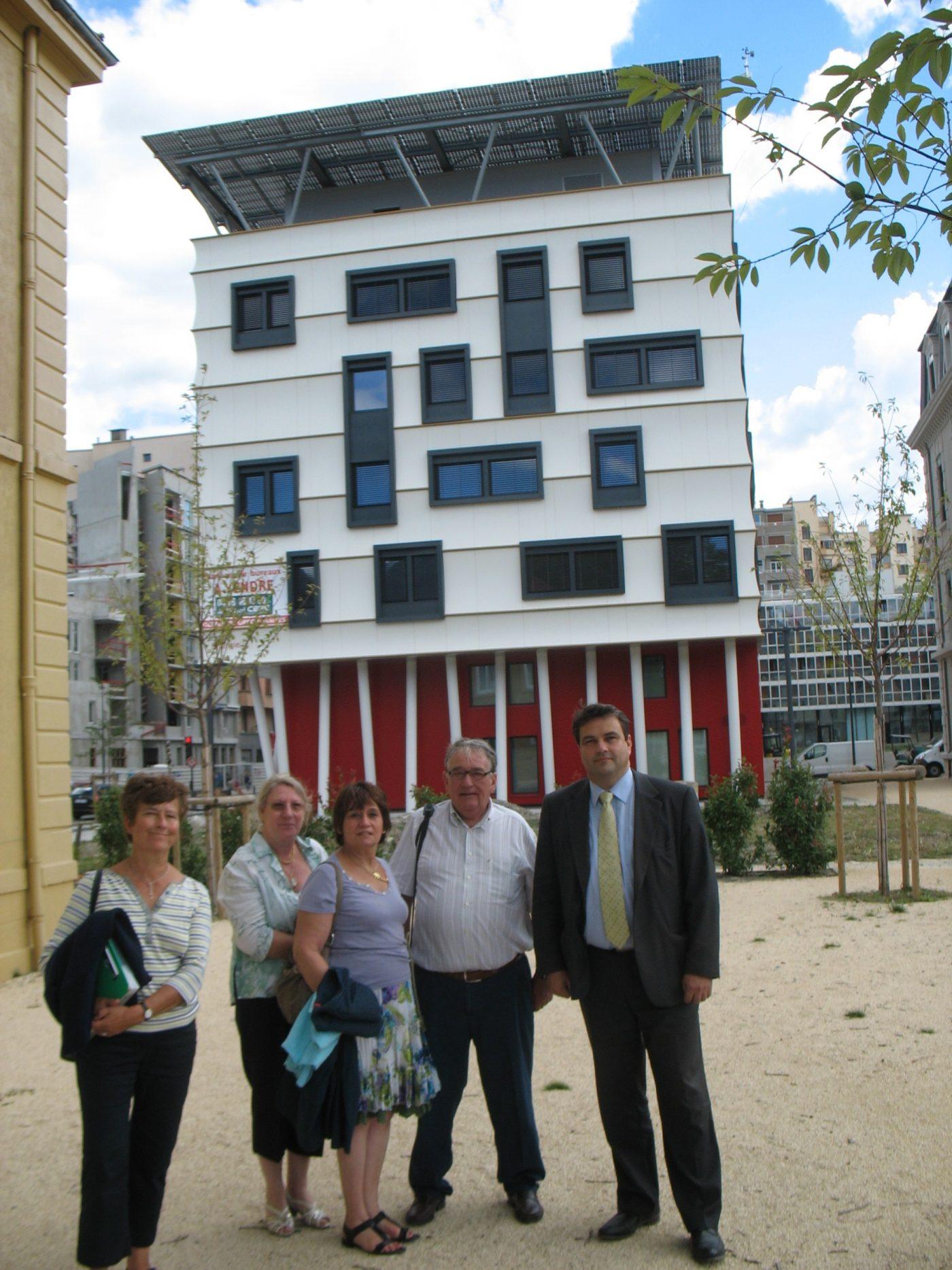 Une délégation de Solaris Civis visite l'écoquartire de Bonne à Grenoble