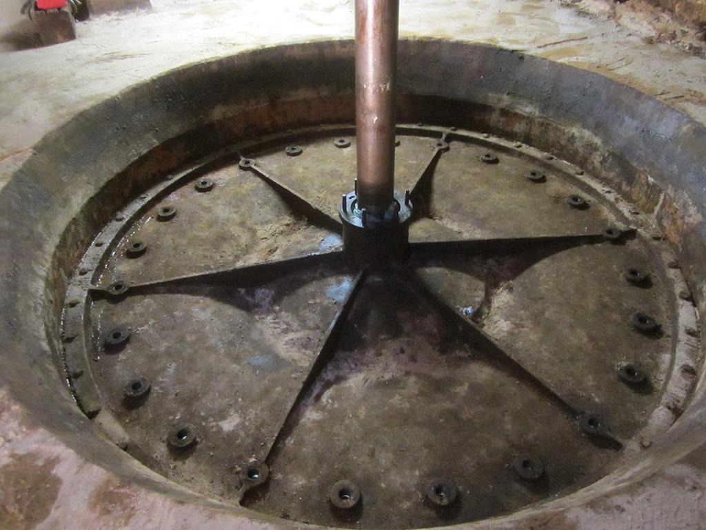 Axe d'une turbine d'HydroEpinal au niveau -1