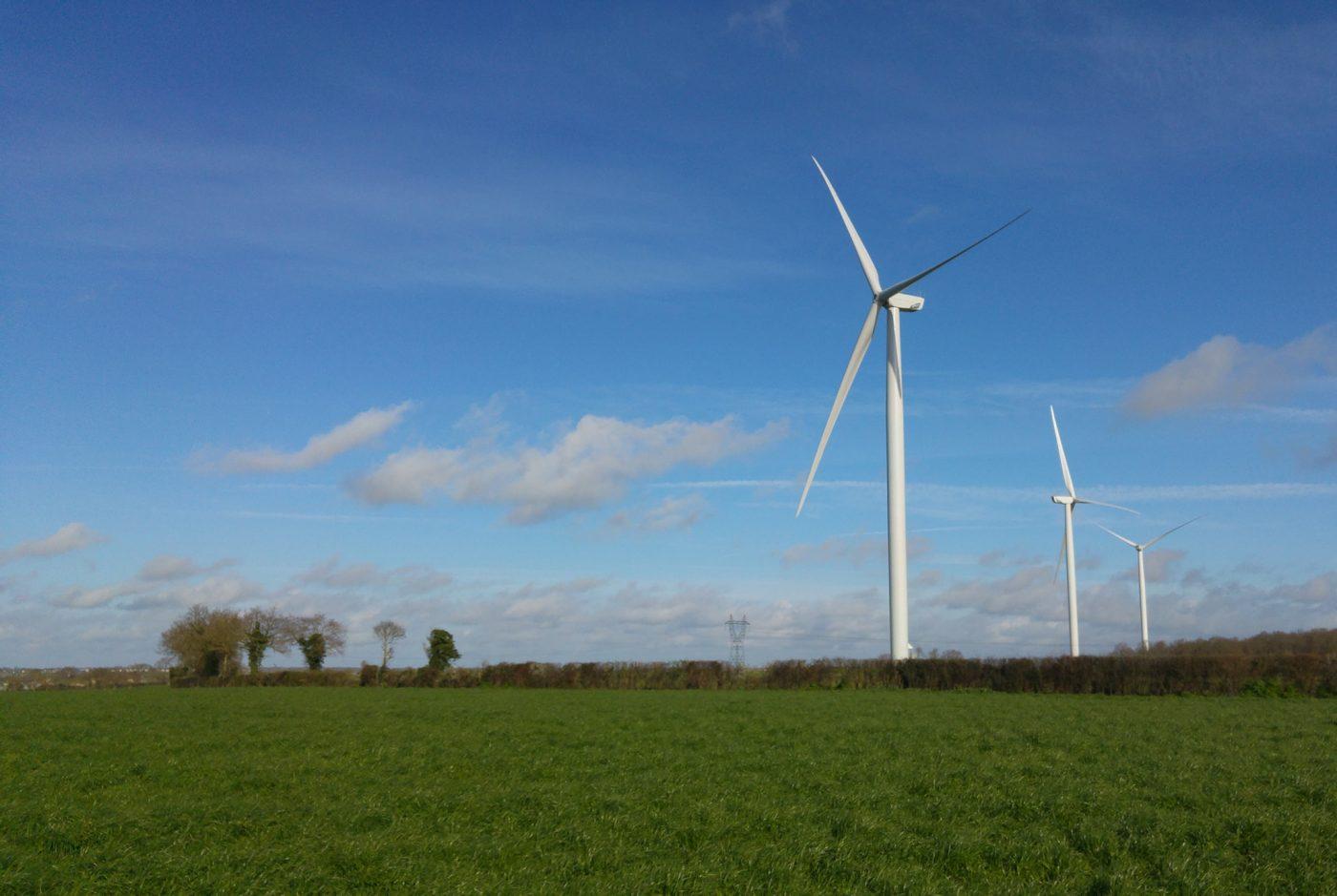 Parc éolien citoyen de l'Hyrôme co-financé par Energie Partagée