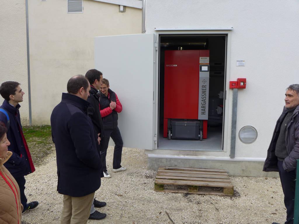 Entrée du silo contenant la chaudière bois fabriquée par Hargassner pour ForestEner.