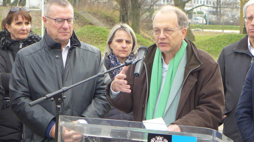 ... le soutien de la Métropole de Grenoble, représentée par son président Bertrand Spindler, ...