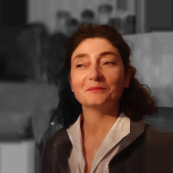 Sophie Setbon-Cuisinier, présidente et cofondatrice du parc solaire photovoltaique Le Watt Citoyen des Survoltés d'Aubais dans le Gard
