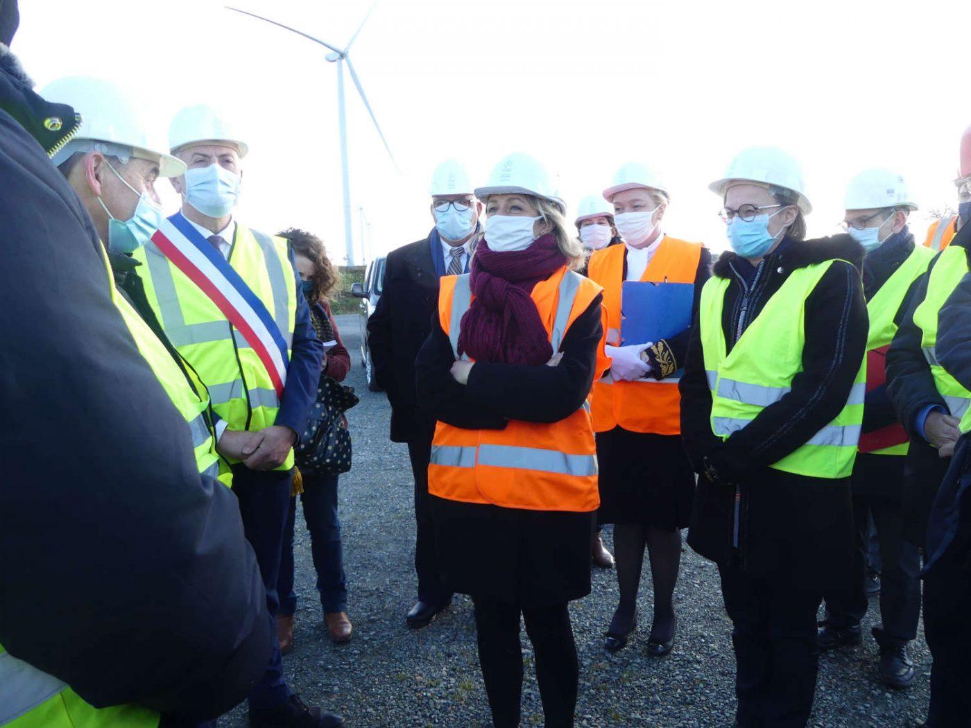 Barbara Pompili à la rencontre des porteurs du parc éolien de l'Hyrôme à Chemillé-en-Anjou